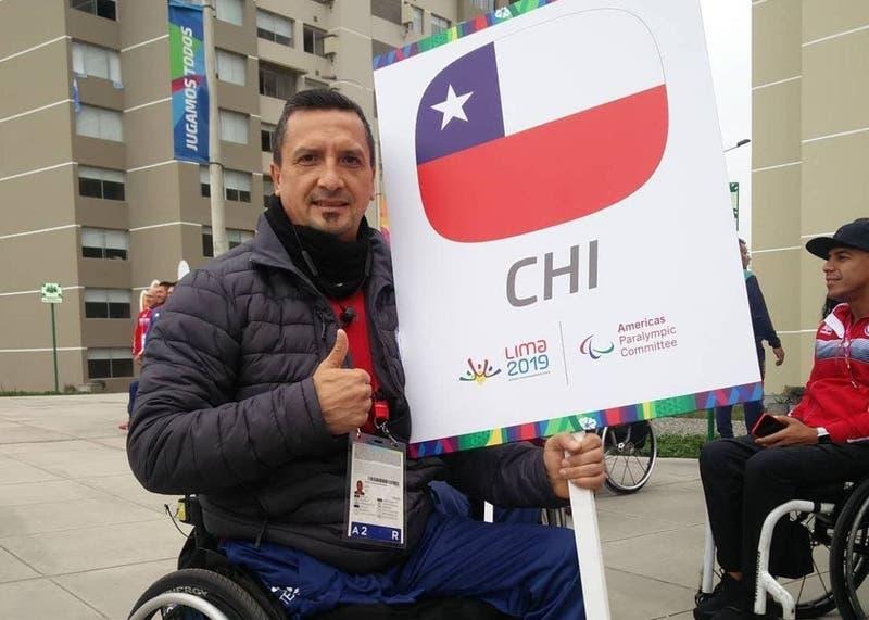 Se vendía en una feria libre: recuperan silla de ruedas robada a paralímpico chileno en encerrona