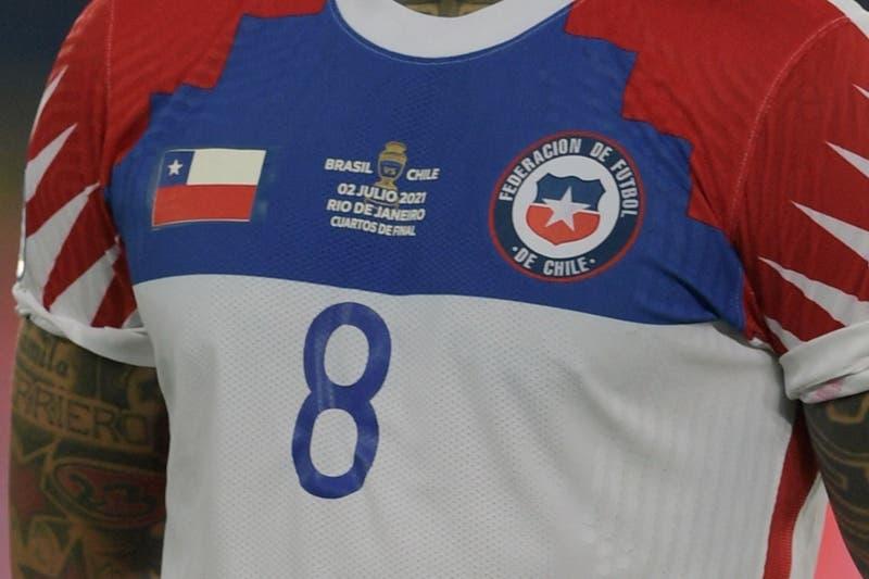 ANFP confirma marca que confeccionará nueva camiseta de La Roja (y no saldrá a la venta)