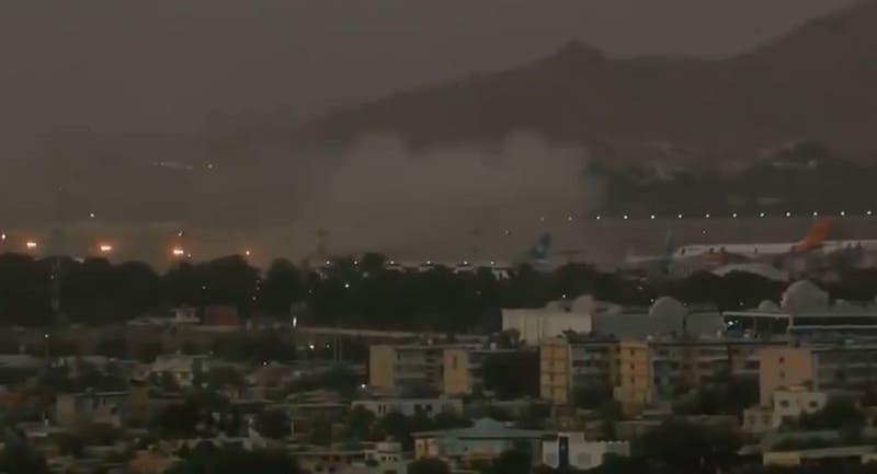 Reportan una segunda explosión cerca del aeropuerto de Kabul, en Aganistán