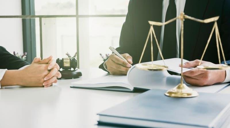 Marketplace de abogados donde puedes cotizar en un par de clics