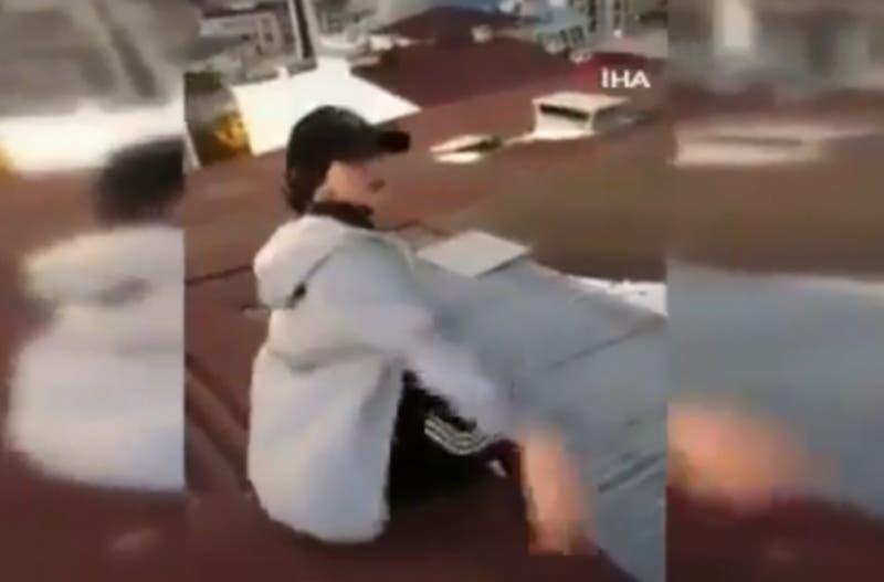 TikToker muere tras caer de un techo mientras se grababa
