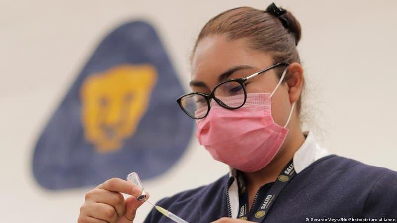 """México: científicos de la UNAM crean mascarilla que """"mata al SARS-CoV-2"""""""