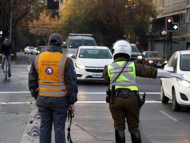 Este 2021 se cursaron más de 75 mil infracciones a vehículos por no respetar la restricción