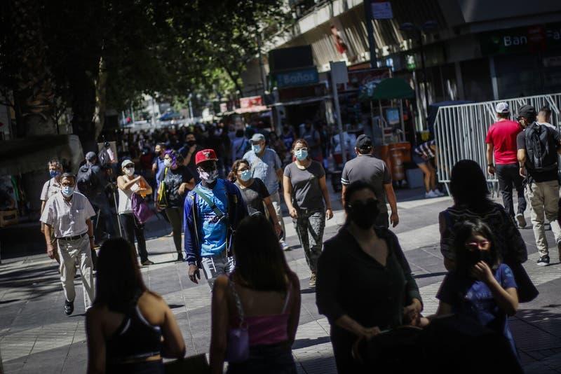 Economía chilena sigue recuperando el tranco y crece más de 18% en julio