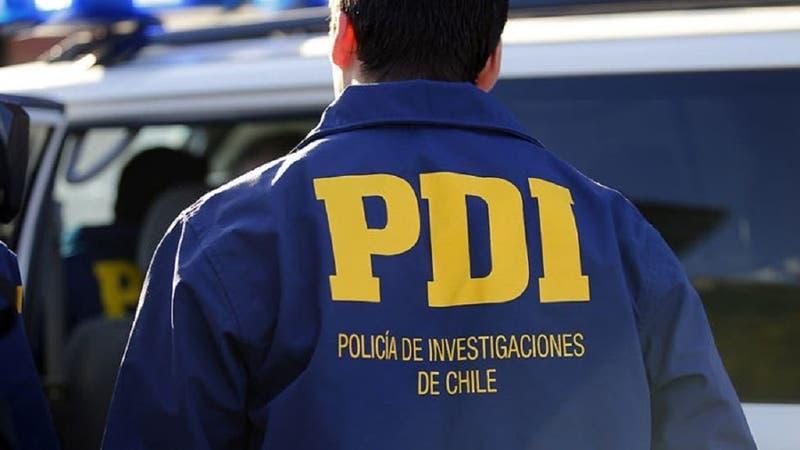 Detienen a funcionario activo y otro en retiro de la PDI por caso de tráfico de joyas y relojes