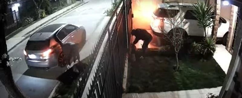 Violento asalto a familia en San Miguel: Golpearon a menor de edad