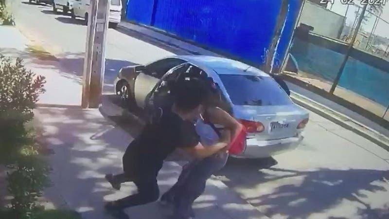 Violento asalto en San Miguel: Intentaron defender a su familia y fueron golpeados