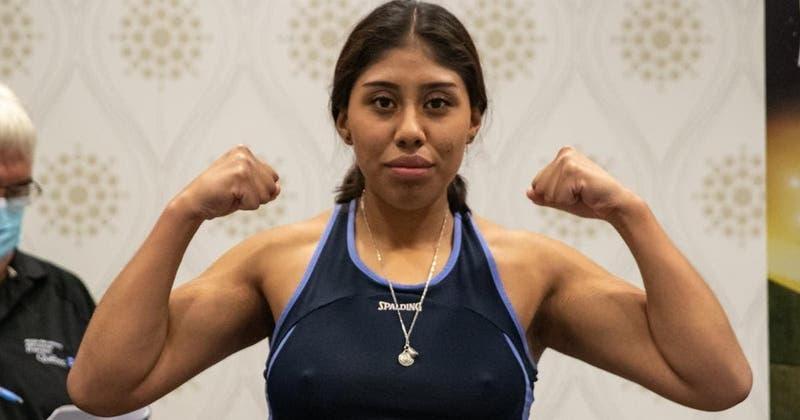 Muere boxeadora mexicana de 18 años que recibió KO que la dejó convulsionando en el ring