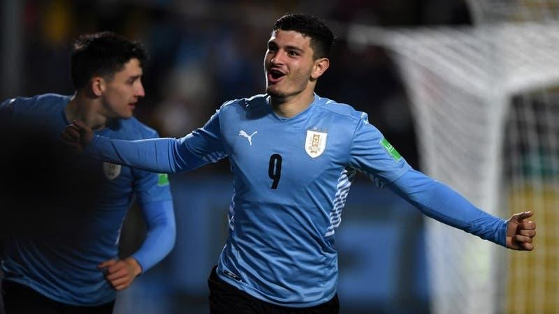 Uruguay ganó con contundencia a Bolivia y asecha a los líderes de las Clasificatorias