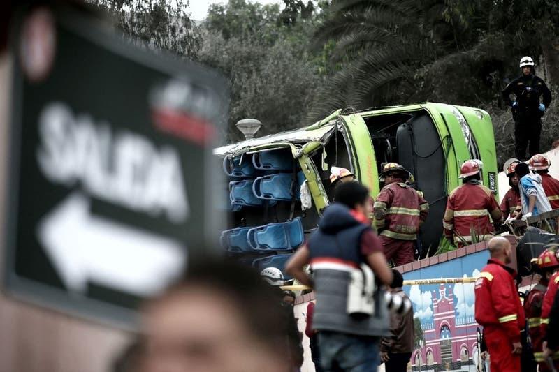 Dos migrantes mueren en Tacna tras cruzar en bus desde Chile