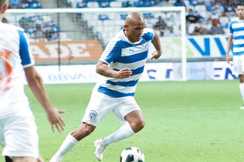 Suazo debuta en filial del Monterrey y su ingresó enloqueció a fanáticos y al locutor del estadio