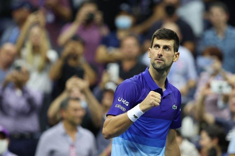 Novak Djokovic vence a Matteo Berrettini y queda a dos partidos de la gesta en el US Open