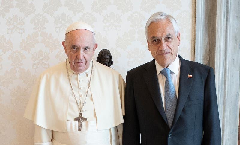 Piñera se reunió con Francisco: abordaron temas de justicia social, derechos humanos y constituyente