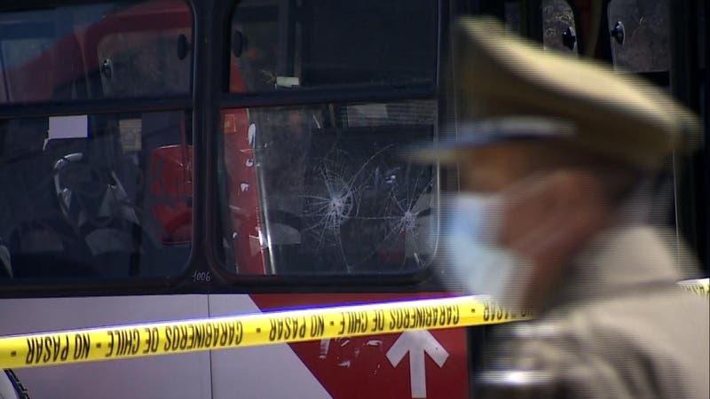 Hombre dispara en terminal de buses de Lo Barnechea
