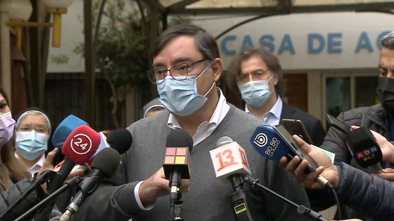 Alcalde de Lo Barnechea pide investigar donaciones al municipio y apunta a Felipe Guevara