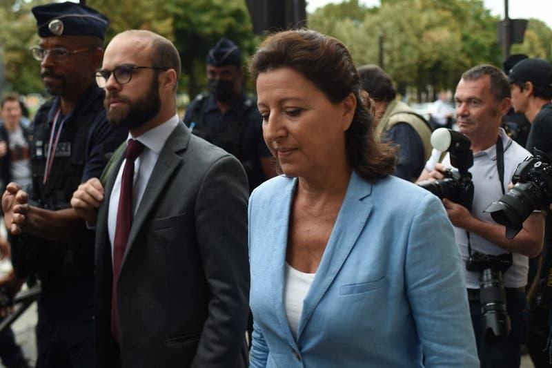 La justicia de Francia imputa a exministra de Salud por su gestión durante el COVID-19