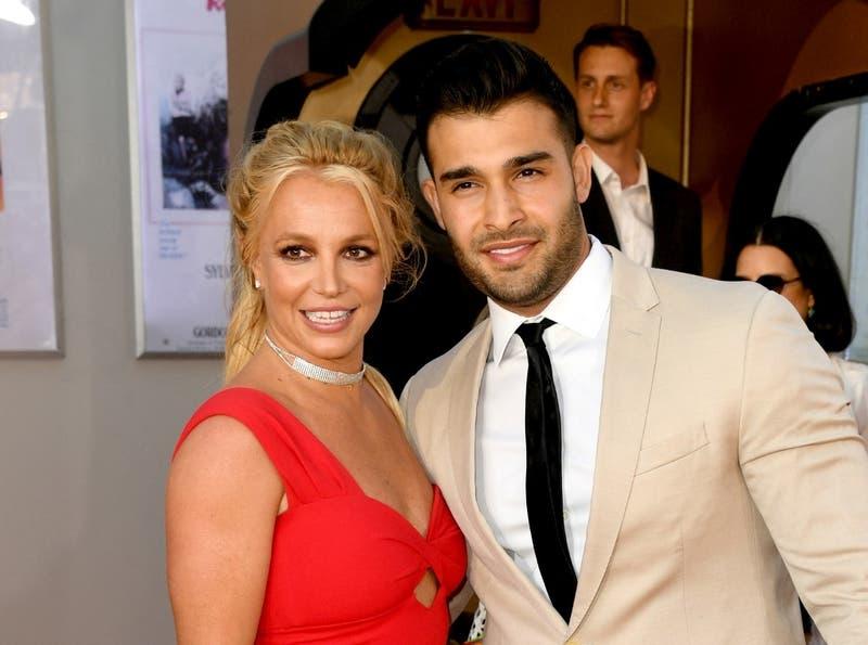 """""""¡No puedo creerlo!"""": Britney Spears anuncia que se casará con su novio, Sam Asghari"""