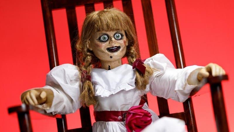 Empresa pagará más de $1 millón por ver 13 películas de terror antes de Halloween