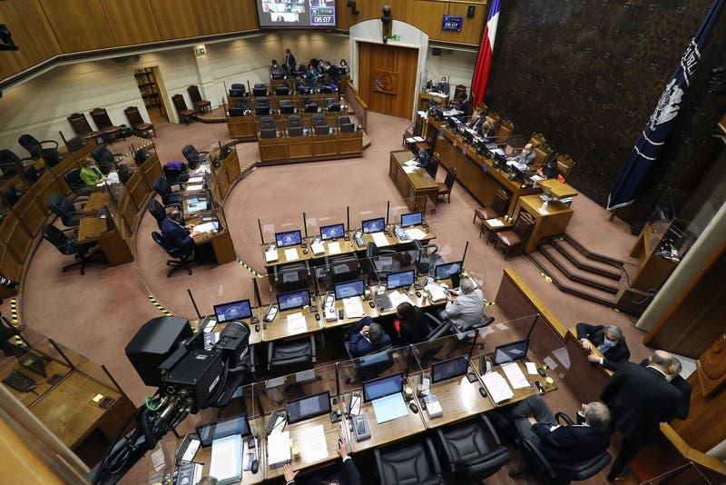 Los ocho senadores que no respaldan el Cuarto Retiro y que apoyaron retiros anteriores