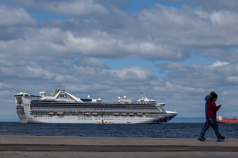 Compañía de cruceros de lujo deja Argentina para mudarse a Chile