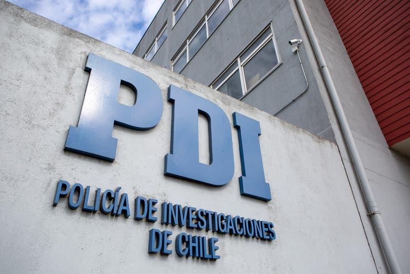 49 migrantes son expulsados de Chile por porte ilegal de armas y trata de personas