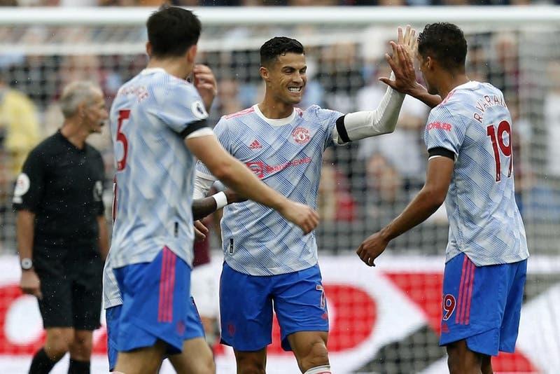 El United gana con nuevo gol de Ronaldo e iguala al líder Liverpool