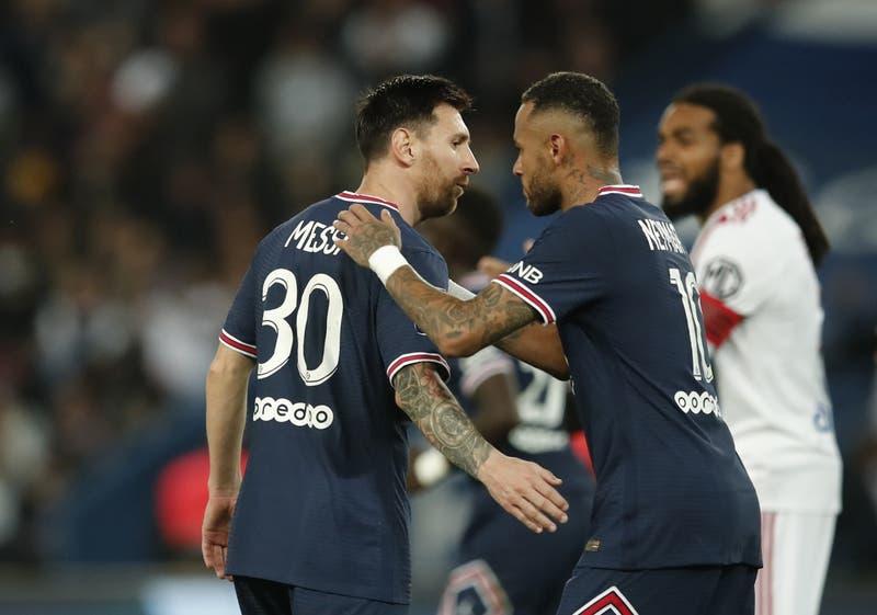 El PSG, con Messi, Neymar y Mbappé de titulares, le ganó con lo justo al Lyon