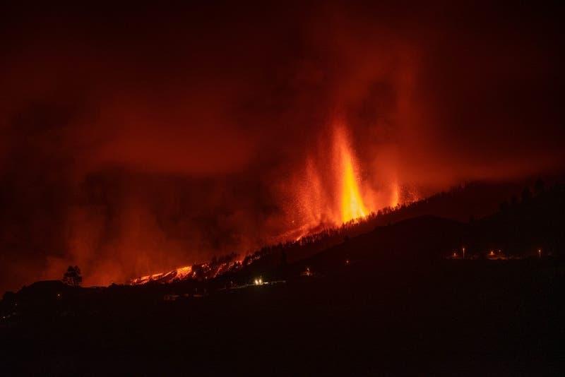 [EN VIVO] Volcán Cumbre Vieja hace erupción en Isla La Palma, España