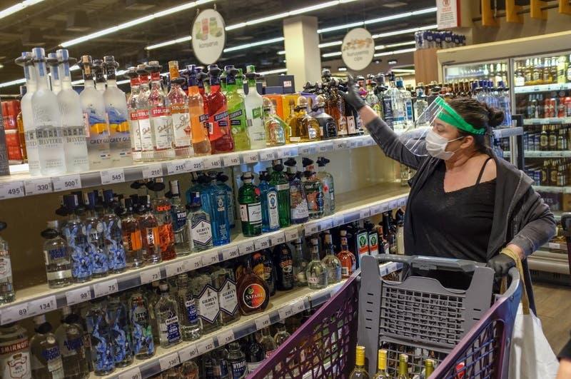 OMS propone subir el valor del alcohol en Europa