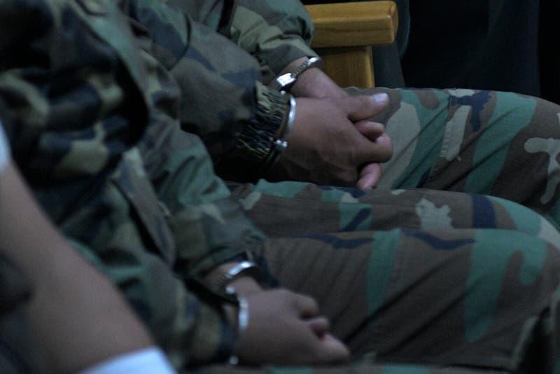 Militares bolivianos detenidos por robo con intimidación en Colchane quedan con arresto domiciliario