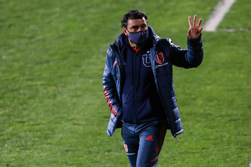 La U presenta a Roggiero como gerente deportivo y oficializa a Valencia como DT hasta fin de año
