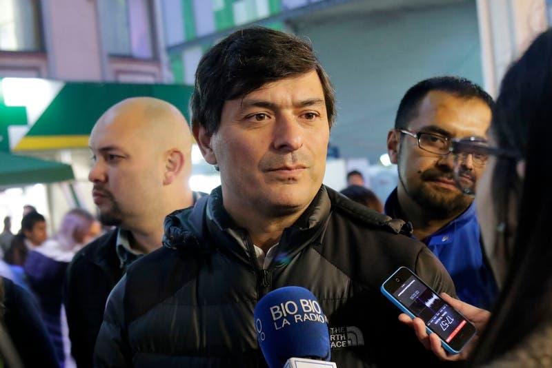 """Parisi dice que pidió asilo en EEUU y que volverá a Chile """"cuando sea el momento correcto"""""""