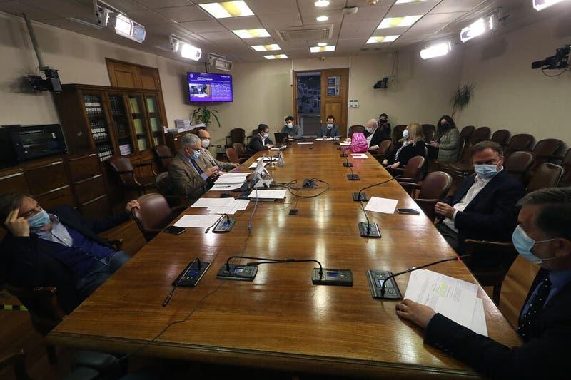 Comisiones de Pesca y Constitución aprueban nulidad de la Ley de Pesca