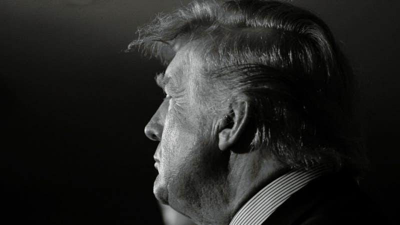 Trump demanda a su sobrina y al New York Times por investigación sobre sus finanzas