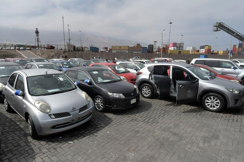 """Vehículos """"a precios de celulares"""": cómo participar en Subasta Aduanera que comienza este miércoles"""