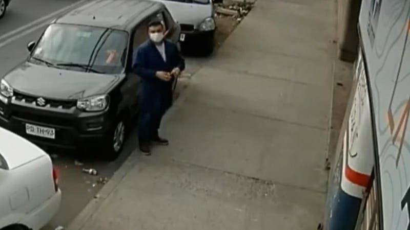 """Detienen a """"El Cotona"""": Hombre engañaba a adultos mayores para robarles"""