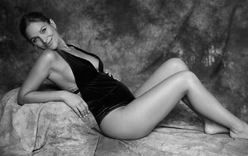 ¿Ideas de nombre únicos?: Mayte Rodríguez reveló el sexo de su bebé con bella sesión de fotos
