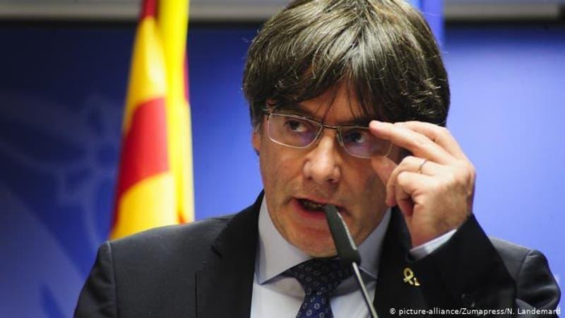 Detienen al independentista catalán Carles Puigdemont en Cerdeña