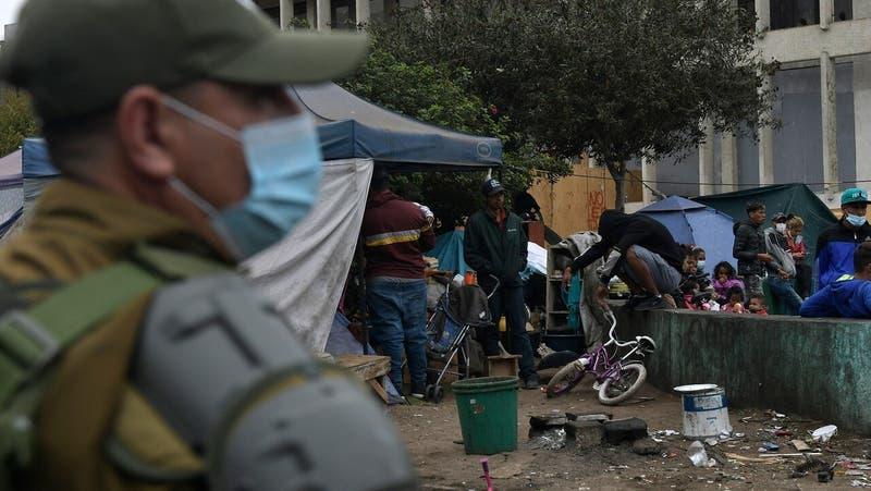 Crisis migratoria: Gobernador de Tarapacá ingresa recurso de protección contra Piñera