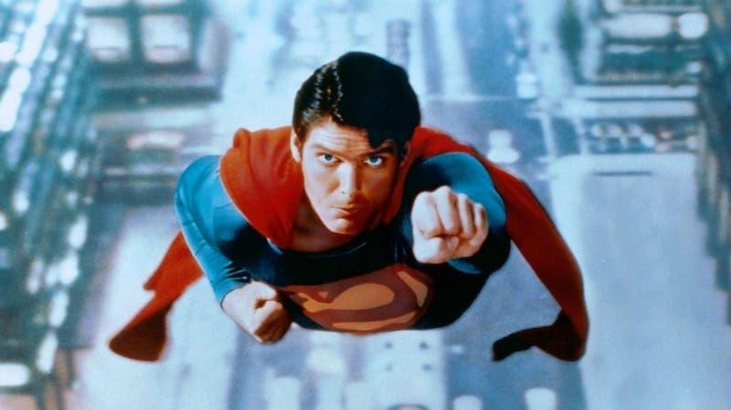 Google homenajea con su Doodle a Christopher Reeve, el primer Superman, a 17 años de su muerte
