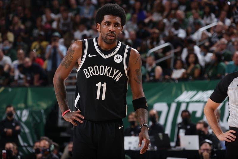 Estrella de la NBA no se vacunaría contra el COVID-19 por una teoría conspirativa satánica
