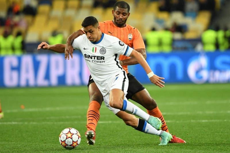 Inter iguala ante Shakhtar y no despega en la Champions: Alexis entró y Vidal se quedó en la banca