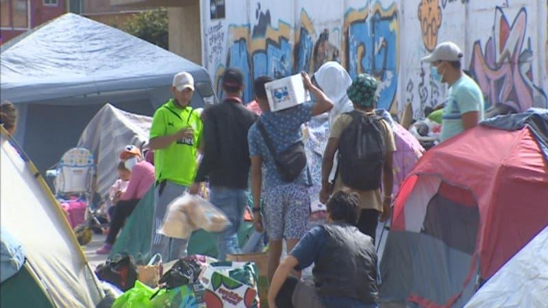 Crisis humanitaria en Iquique: Ofrecen terreno para instalar campamento de tránsito