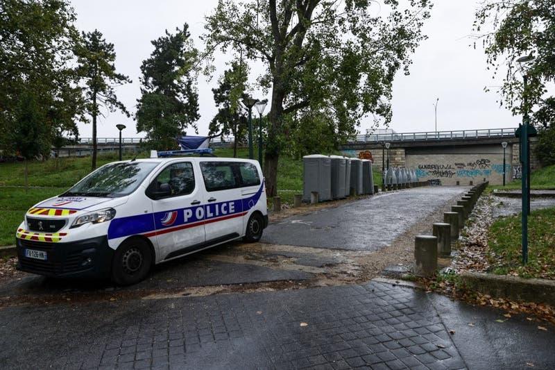 Detienen a 45 hombres en Francia investigados por violar a una mujer que era drogada por su marido