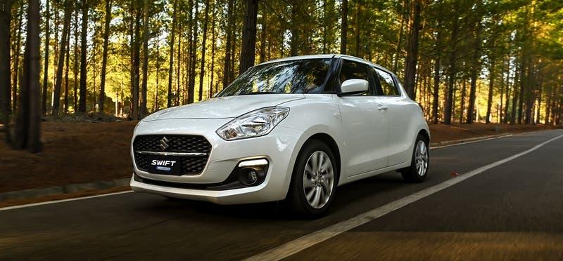 """Suzuki """"reafirma su compromiso con el medio ambiente"""" y lanza su primer vehículo híbrido"""
