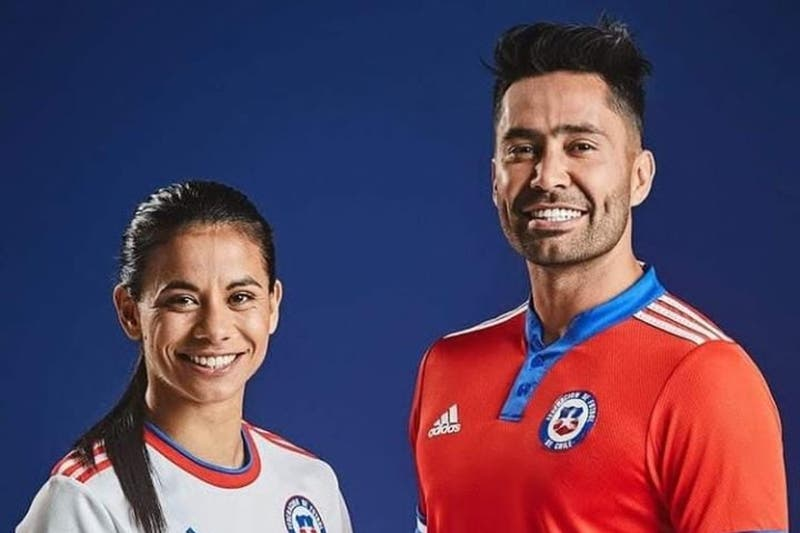 La Roja tiene nueva camiseta: así es la vestimenta de Chile presentada oficialmente este viernes