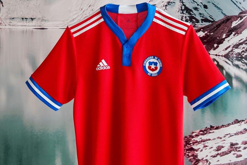 La Roja presenta oficialmente su nueva camiseta: se estrenará ante Perú en Lima por Clasificatorias