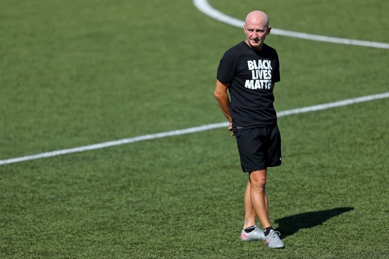 FIFA abre investigación por denuncias de abusos sexuales a jugadoras en EEUU