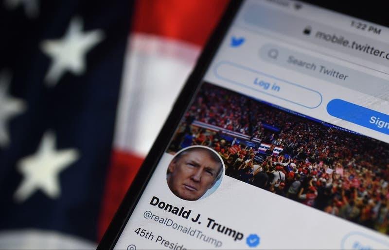 Donald Trump pide a un juez que lo habiliten para reabrir su cuenta de Twitter