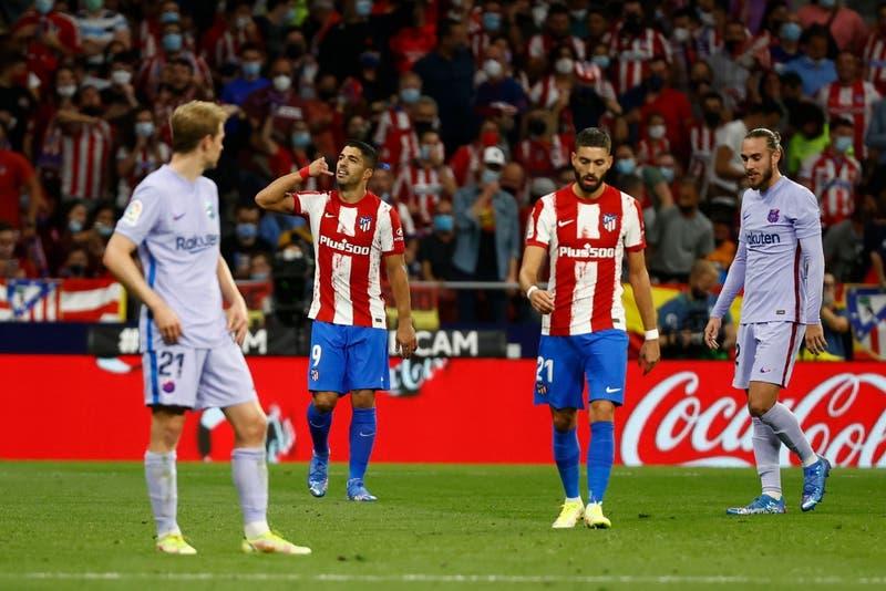 El Atlético y Luis Suárez hunde aún más a un Barcelona sin alma